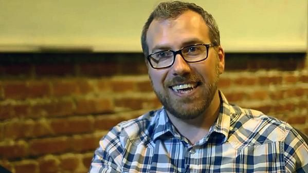 Business : Valve embauche Brad Muir