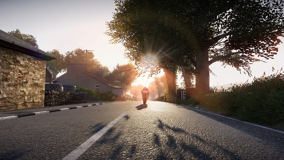 TT Isle Of Man – Ride on the Edge 2 : Course virtuelle autour du Tourist Trophy !