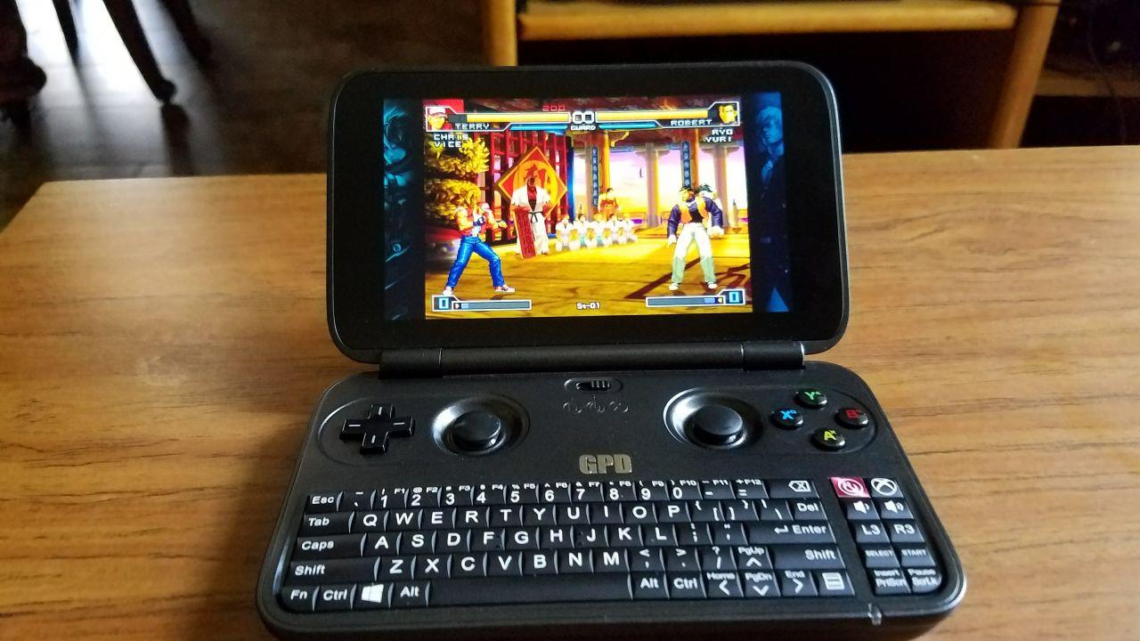Bon Plan : GPD WIN... une console portable qui embarque Windows 10 à bas prix !