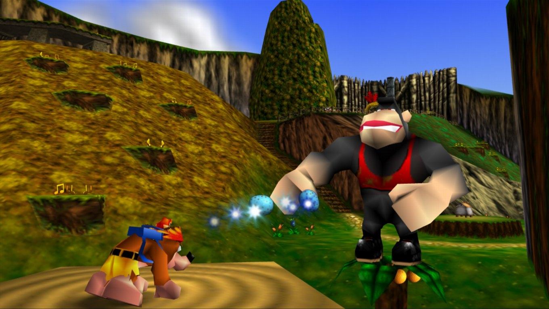 Kazooie peut cracher des oeufs par son bec et son... derrière